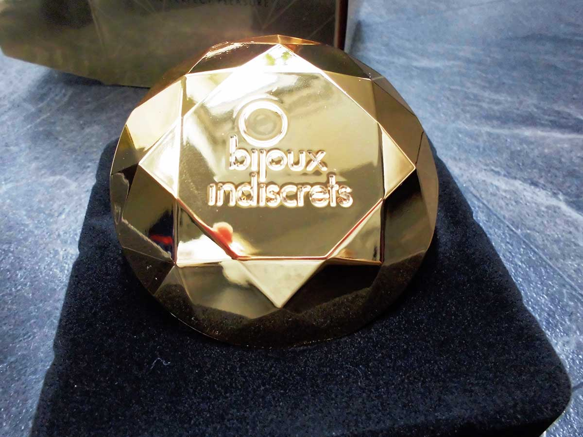 Der Auflegevibrator Der Bijoux Indiscrets Twenty One Vibrating Diamond